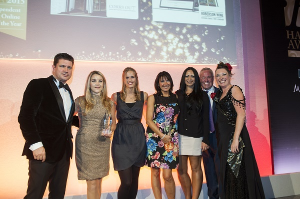 Corks Out Win Online Retailer of the year with Harpers